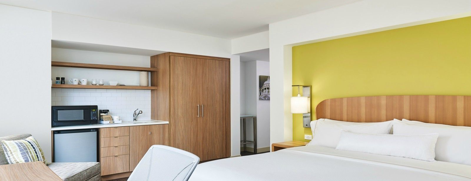 Downtown Austin Accommodations - Accessible Room